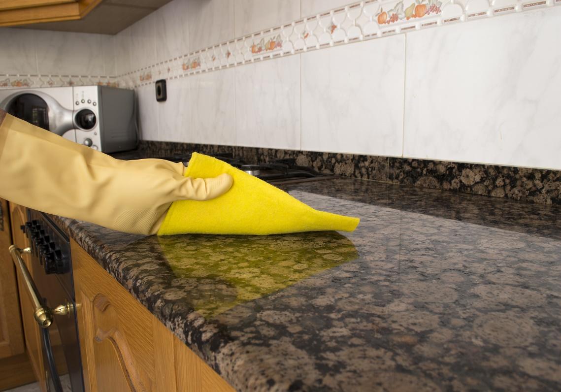 Membersihkan Granit Countertops