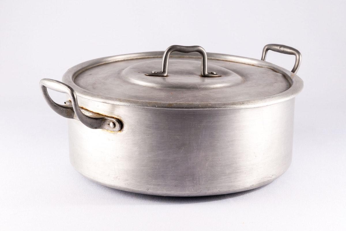 Cara Membersihkan Alat Bahan Aluminium